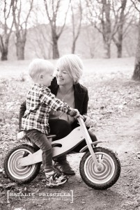 Natalie Priscilla Photography and Design - Mum and Bub photography